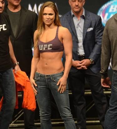 MMA: UFC 168-Weigh-ins
