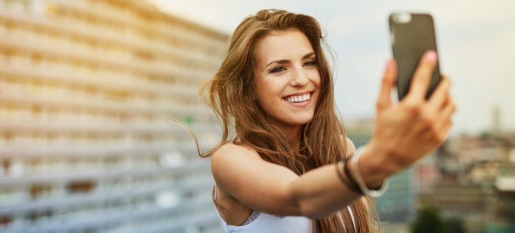 Social Media Selfies Can Result In Narcissism